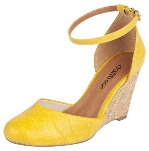 Scarpin DAFITI SHOES Dorsay Amarelo DAFITI SHOES