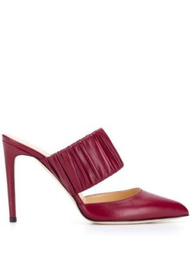 Heeled Pumps - Chloe Gosselin