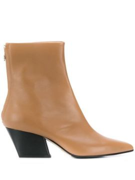 Ankle Boot Bico Fino - Aeyde