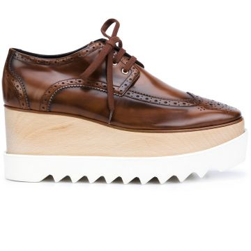 Sapato brogue modelo Elyse Stella McCartney