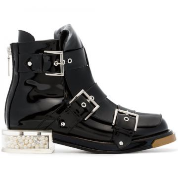 Black Buckle 35 Patent Leather Boots - Alexander Mcqueen