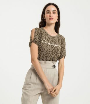 Blusa Animal Print Com Bordado