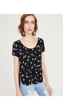 T-SHIRT ESTAMPADA INSETOS SHOULDER