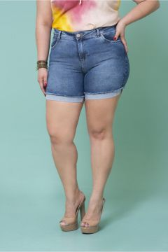 - Short Plus Size Jeans