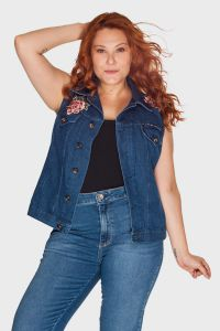 Colete Patch Flor Plus Size
