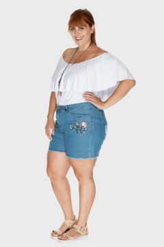 Short Plus Size Jeans Bordado