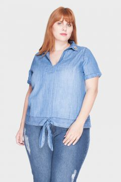 Camisa com Laço Destroyed Plus Size