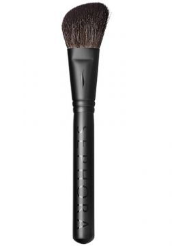 Pincel Classic Must-Have Angled Blush Brush  50