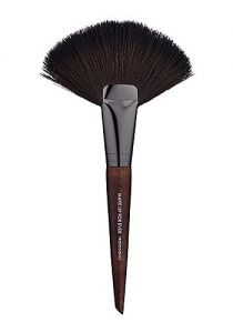 Pincel Powder Fan Brush Large  134