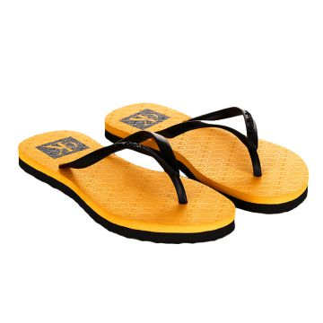 590d4a8bdc3ba Chinelo Calvin Klein Jeans Re Issue Amarelo Ouro