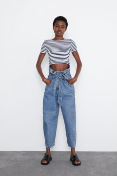 Camiseta Cropped - Zara