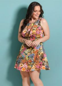 Vestido Evasê Mix Floral Quintess Plus Size