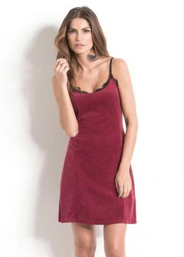 Vestido Slip Dress Quintess em Plush Bordô