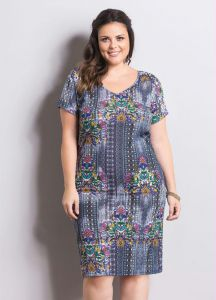 Vestido Manga Curta Mix de Estampas Plus Size