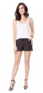 Short Black Com Recortes