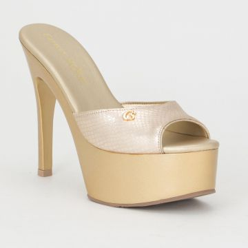 Tamanco Hit Gold - Carmen Steffens