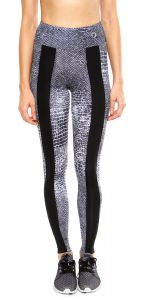 Legging Body Plus Recorte Central Réptil Preto Body Plus
