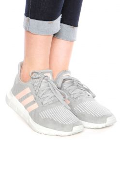 Tênis adidas Originals Swift Run W Cinza Rosa adidas Origin ... d732c3107d36e