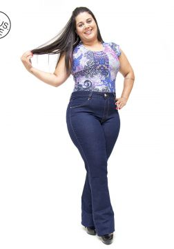 Calça Jeans Cambos Plus Size Flare Ketlyn Azul Cambos