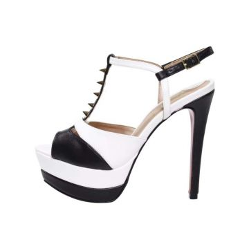 Sandália Week Shoes Meia Pata Preto/Branco Com Spikes Week
