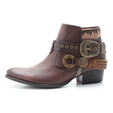 Bota Boho Chic Couro Charlotte Look Yanka Brown CHARLOTTE L