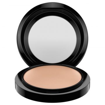 M·A·C Mineralize Skinfinish Natural Medium Dark - Pó Compac