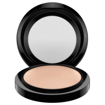M·A·C Mineralize Skinfinish Natural Medium Plus - Pó Compac