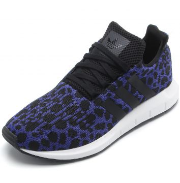 Tênis adidas Originals Swift Run W Roxo adidas Originals e426caa14fe93