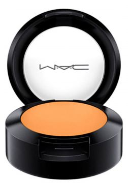 MAC Studio Finish FPS 35 NC40 - Corretivo Compacto 7g MAC