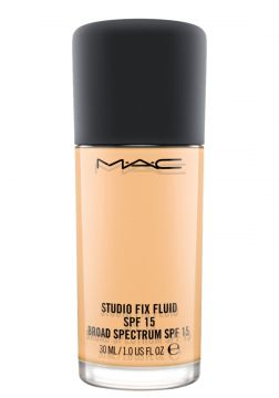M·A·C Studio Fix Fluid FPS 15 NC18 - Base Líquida 30ml MAC