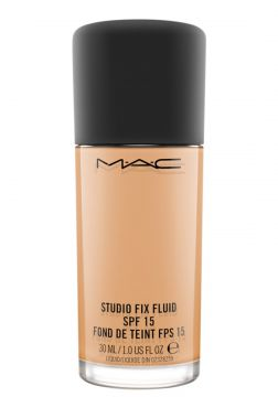 M·A·C Studio Fix Fluid FPS 15 C5 - Base Líquida 30ml MAC