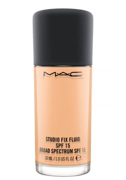 M·A·C Studio Fix Fluid FPS 15 N6.5 - Base Líquida 30ml MAC