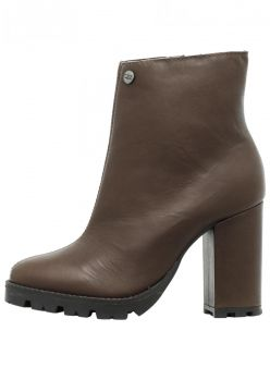 Coturno Ankle Boot Corazzi Leather Deluxe Couro Tratorado C