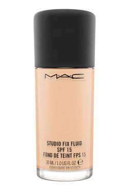 MAC Base Fluída Studio FIX com FPS 15 - NW15 30ml MAC