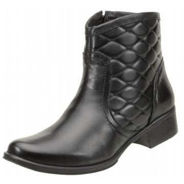 Bota ClaCle Cano Curto Metalace Preto ClaCle
