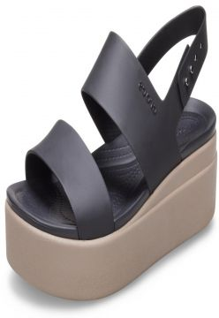 Sandália Crocs Brooklyn Low Wedge W Preto/Bege Crocs