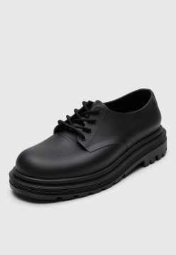 Oxford Melissa Bass Preto